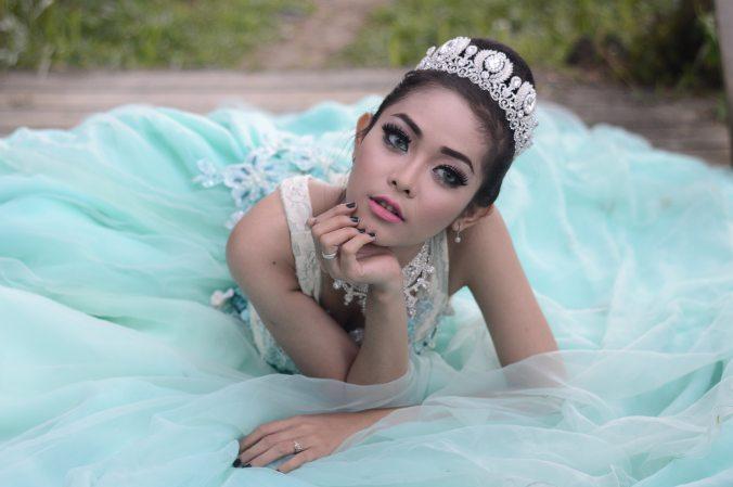 beautiful-bride-crown-805184 (1)